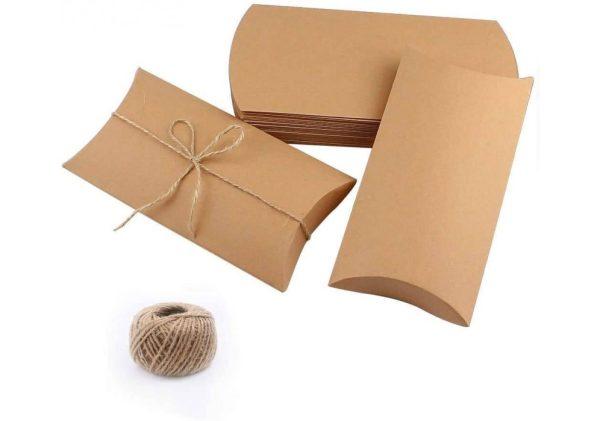 Pagalvėlės formos dėžutės